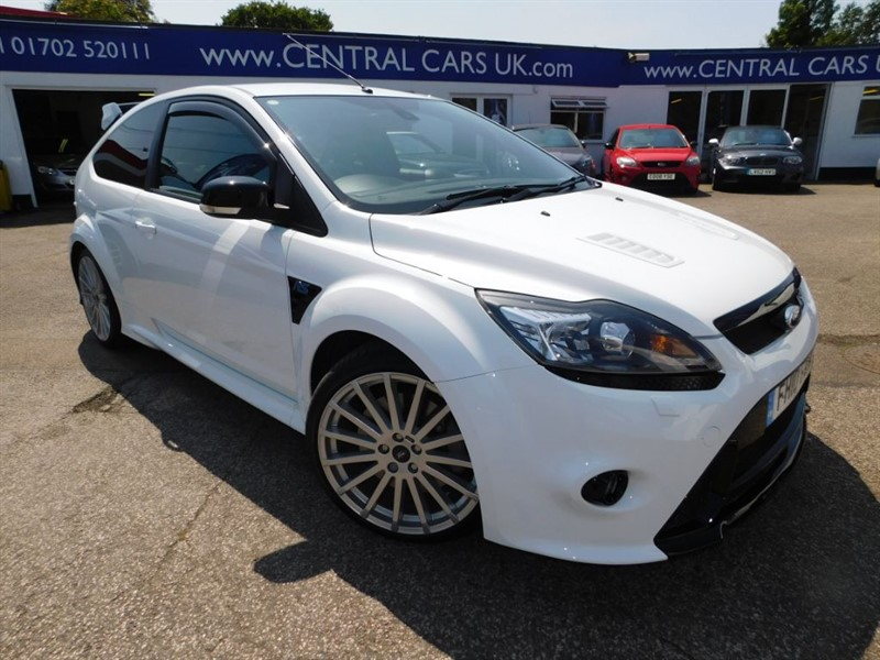 used Ford Focus 2.5 RS In Frozen White  in leigh