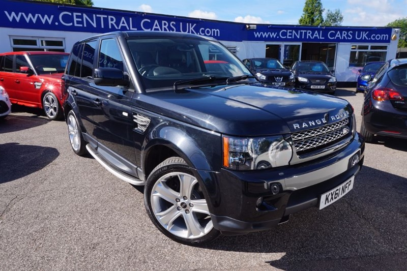used Land Rover Range Rover Sport 3.0 SDV6 HSE LUXURY In Black in leigh