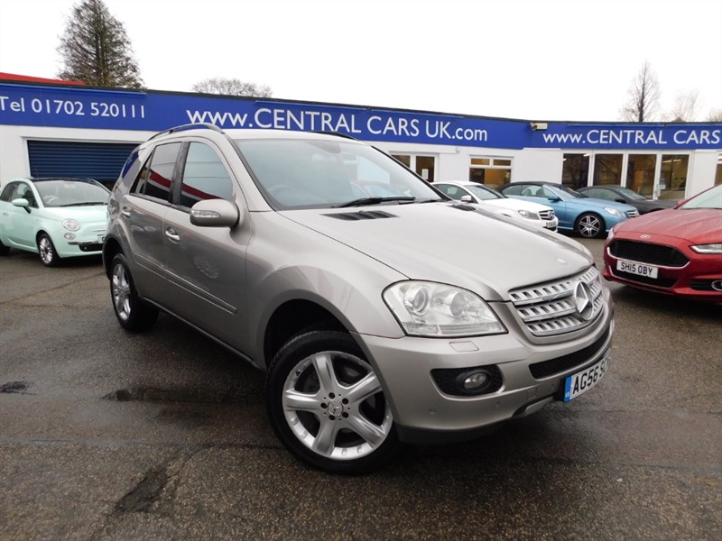 used Mercedes 320 ML  CDI SPORT in leigh