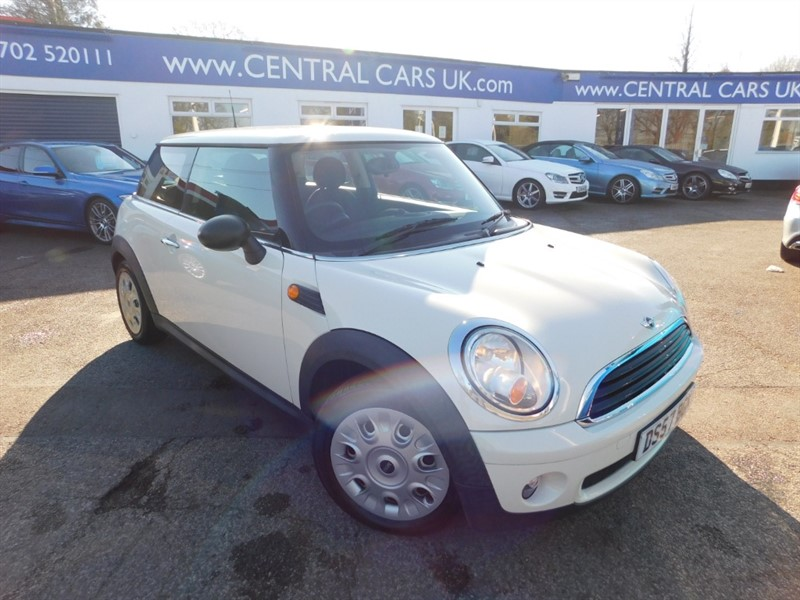 used MINI Hatch ONE in leigh
