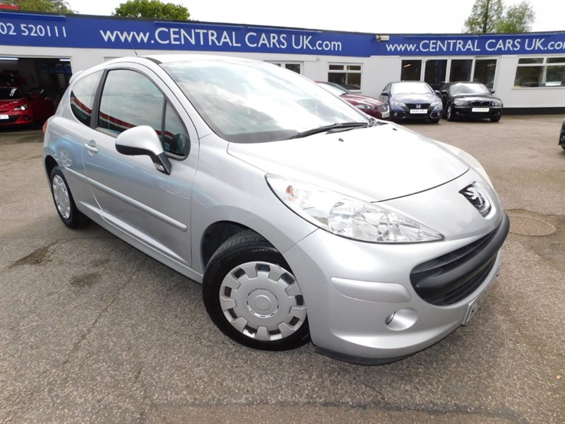 used Peugeot 207 S in leigh