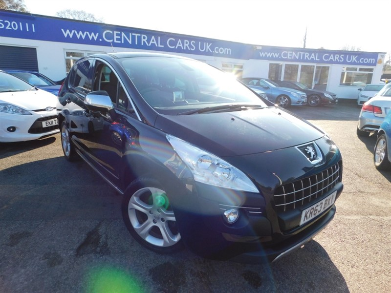 used Peugeot 3008 HDI ALLURE in leigh
