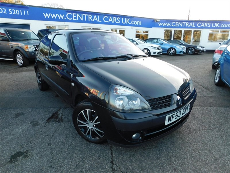 used Renault Clio DYNAMIQUE 16V in leigh