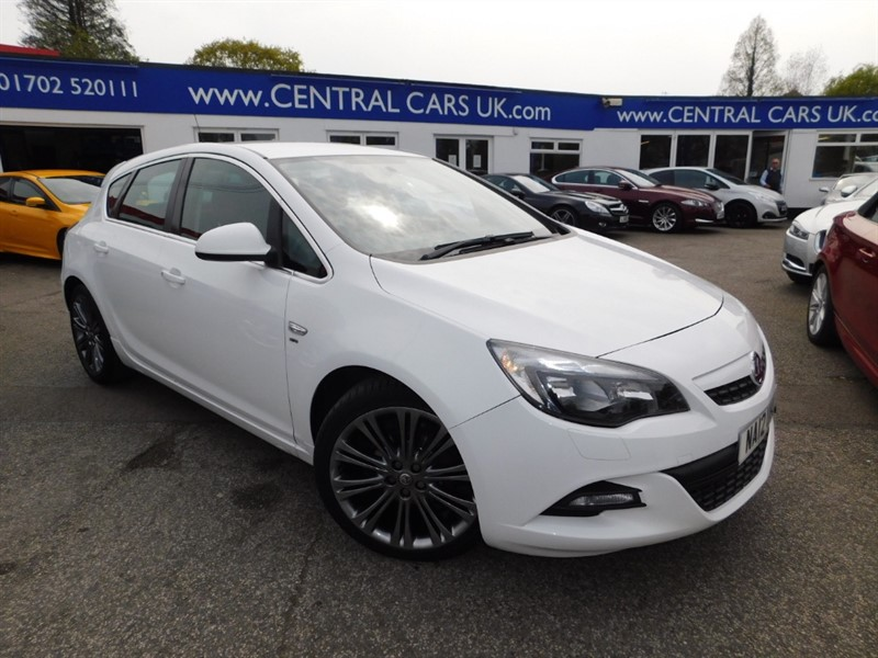 used Vauxhall Astra SRI VX-LINE in leigh