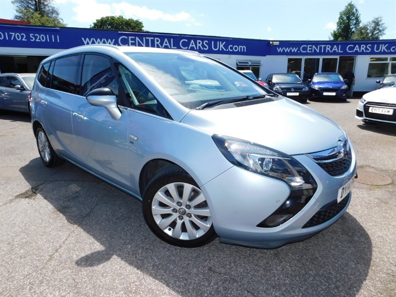 used Vauxhall Zafira Tourer SE CDTI in leigh