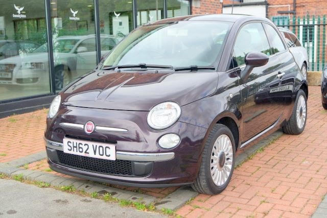 used Fiat 500 LOUNGE HATCHBACK (START / STOP) in ashley-cheshire