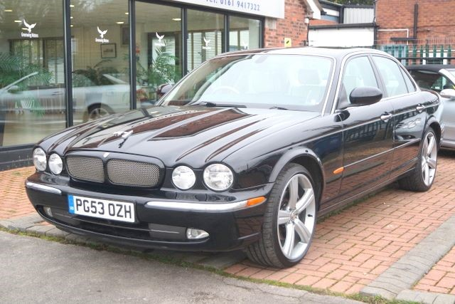 used Jaguar XJ V8 SE SALOON - LPG in ashley-cheshire