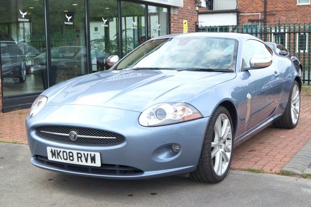 used Jaguar XK V8 COUPE - EXCELLENT HISTORY in ashley-cheshire
