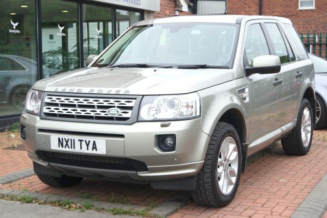 used Land Rover Freelander SD4 HSE AUTO - TOP SPEC in ashley-cheshire