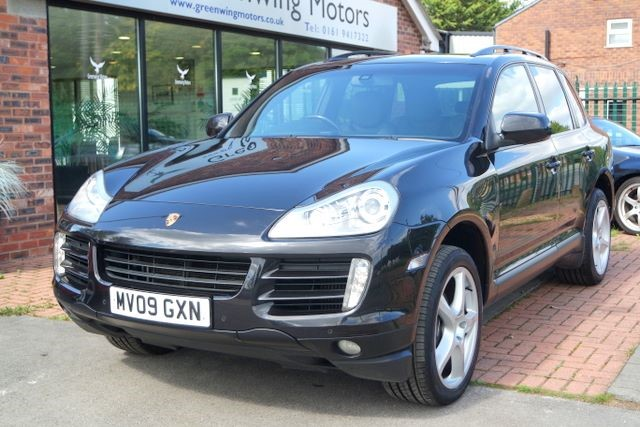 used Porsche Cayenne D TIPTRONIC S 4WD - HIGH SPEC in ashley-cheshire