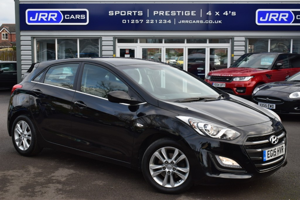 used Hyundai i30 CRDI SE BUSINESS EDITION BLUE DRIVE in preston-lancashire