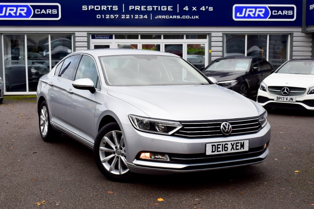 used VW Passat SE BUSINESS TDI BLUEMOTION TECH DSG USED in chorley-lancashire