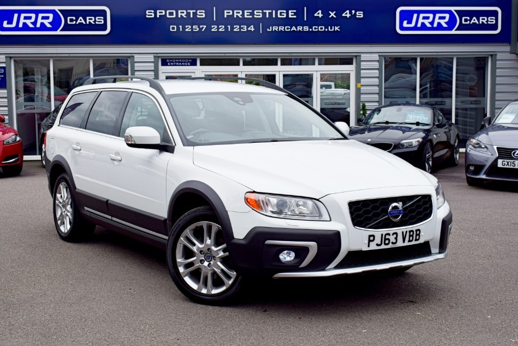 used Volvo XC70 D5 SE LUX AWD USED in chorley-lancashire