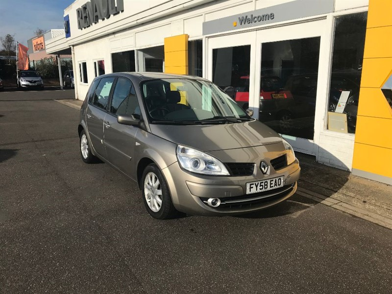 used Renault Scenic DYNAMIQUE VVT in lincolnshire