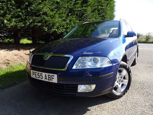 used Skoda Octavia FSI (4x4) (150bhp) (Estate) in herefordshire-for-sale