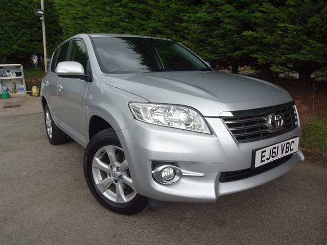 used Toyota RAV4 D-CAT XT-R (4x4) (Auto) in herefordshire-for-sale