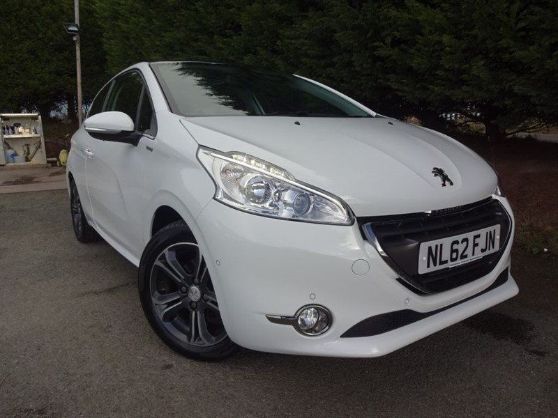 used Peugeot 208 Intuitive (82bhp) in herefordshire-for-sale