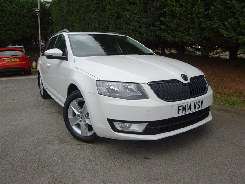 used Skoda Octavia TDI SE (105bhp) (Estate) in herefordshire-for-sale