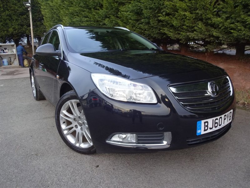 used Vauxhall Insignia CDTI Exclusiv NAV (160bhp) (Estate) in herefordshire-for-sale