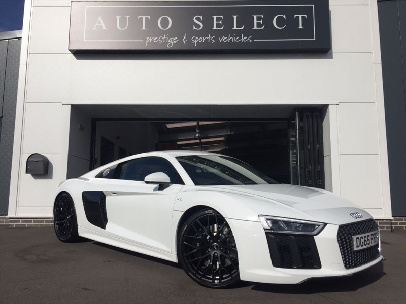 used Audi R8 5.2 V10 QUATTRO in chesterfield