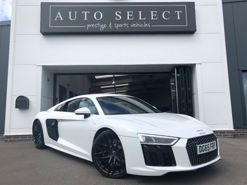 used Audi R8 5.0 V10 QUATTRO MASSIVE SPEC!! IMMACULATE!! in chesterfield