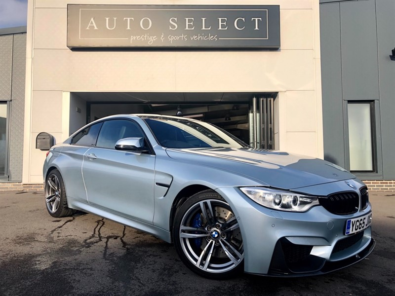 used BMW M4 M4 3.0 BiTurbo DCT (s/s) 2dr HUGE SPEC!! CARBON KIT!! STUNNING!! in chesterfield