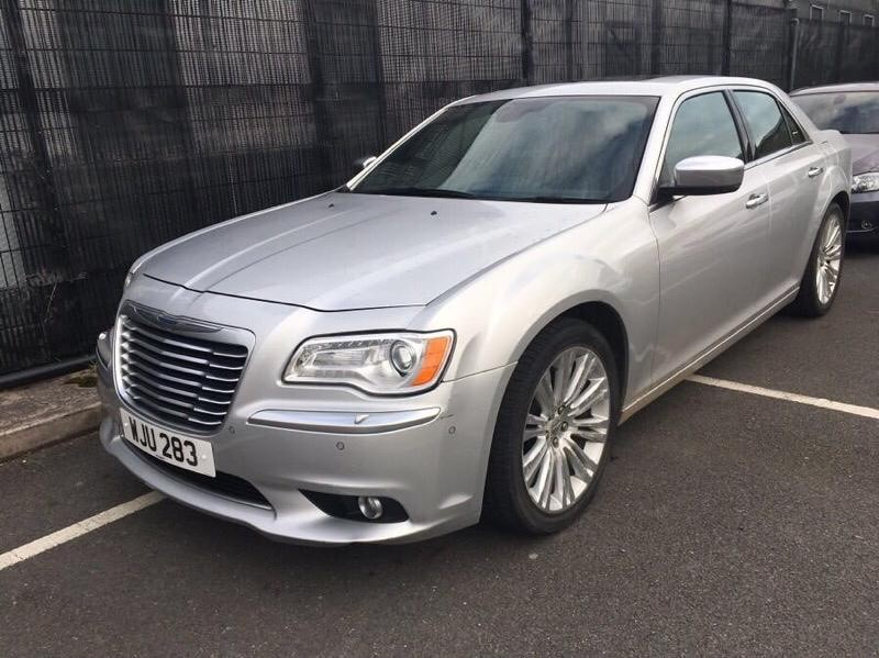 used Chrysler 300C 3.O CRD EXECUTIVE 1 OWNER!! ONLY 7600 MILES!! in chesterfield