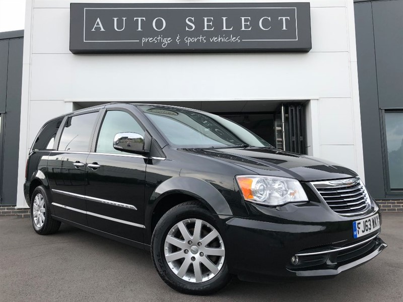 used Chrysler Grand Voyager 2.8 CRD LIMITED MONSTER SPEC!! EVERY EXTRA!! in chesterfield