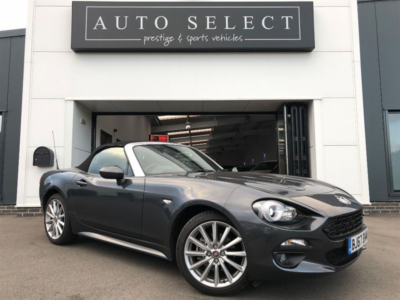 used Fiat 124 Spider 1.4 MULTIAIR LUSSO VERY LOW MILES!! in chesterfield