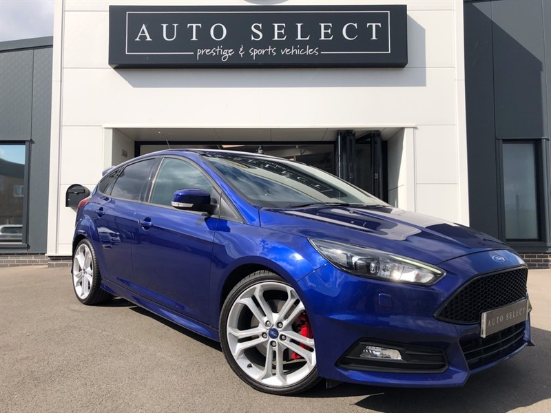 used Ford Focus ST-3 2.0 TDCI NAVIGATION!! LEATHER!! FFSH!! �20 TAX!! in chesterfield