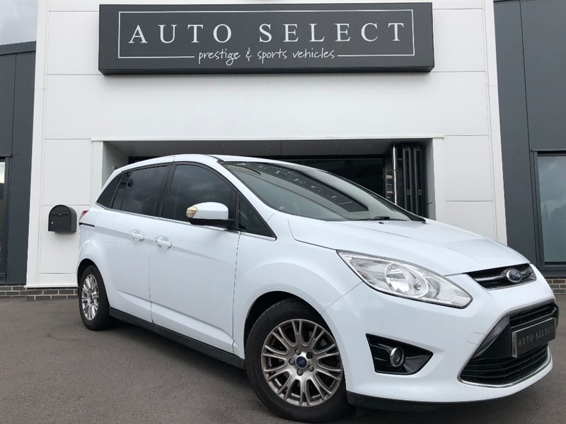 used Ford Grand C-Max TITANIUM 1.6 TDCI 7 SEATER!! STUNNING!! in chesterfield