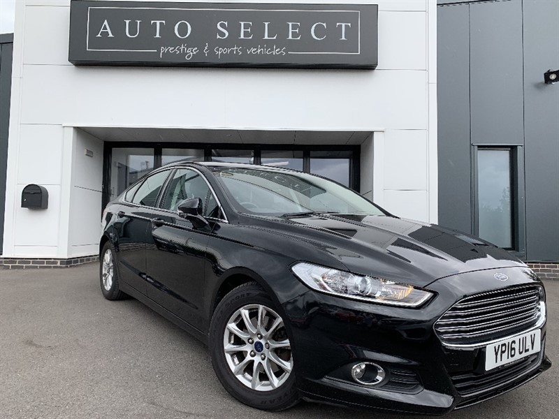 used Ford Mondeo ZETEC ECONETIC 2.0 TDCI NAVIGATION ONLY �20 TAX!! 1 OWNER!! in chesterfield
