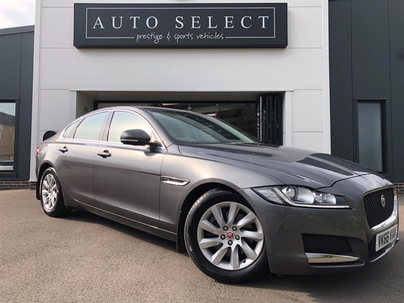 used Jaguar XF 2.0D PRESTIGE ONLY �20 ROAD TAX!! STUNNING!! in chesterfield