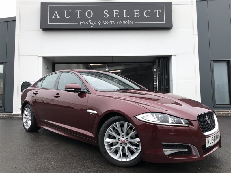 used Jaguar XF 3.0D V6 R-SPORT STUNNING CAR!! in chesterfield