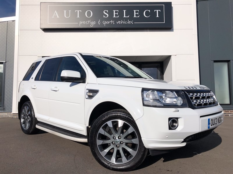 used Land Rover Freelander 2.2 SD4 HSE MASSIVE SPEC!! STUNNING CAR!! in chesterfield
