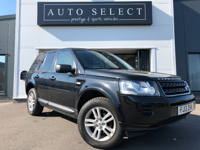 used Land Rover Freelander 2.2 TD4 BLACK AND WHITE in chesterfield