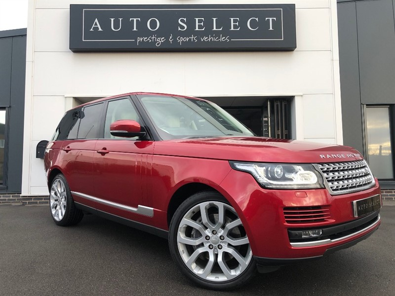 used Land Rover Range Rover 4.4 SDV8 VOGUE MASSIVE SPEC!! in chesterfield