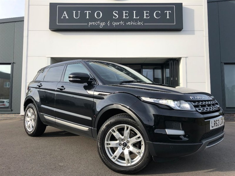 used Land Rover Range Rover Evoque 2.2 SD4 PURE TECH AUTO NAVIGATION 1 OWNER!! in chesterfield
