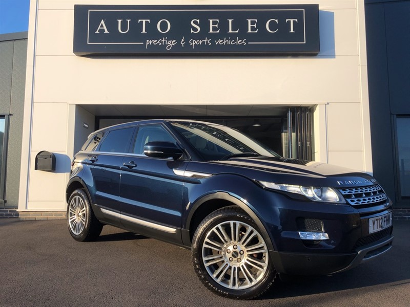 used Land Rover Range Rover Evoque 2.2 SD4 PRESTIGE 1 OWNER!! PAN ROOF!! in chesterfield