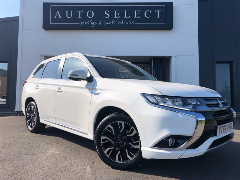 used Mitsubishi Outlander PHEV GX 4H ZERO TAX!! MASSIVE SPEC!! IMMACULATE!! in chesterfield