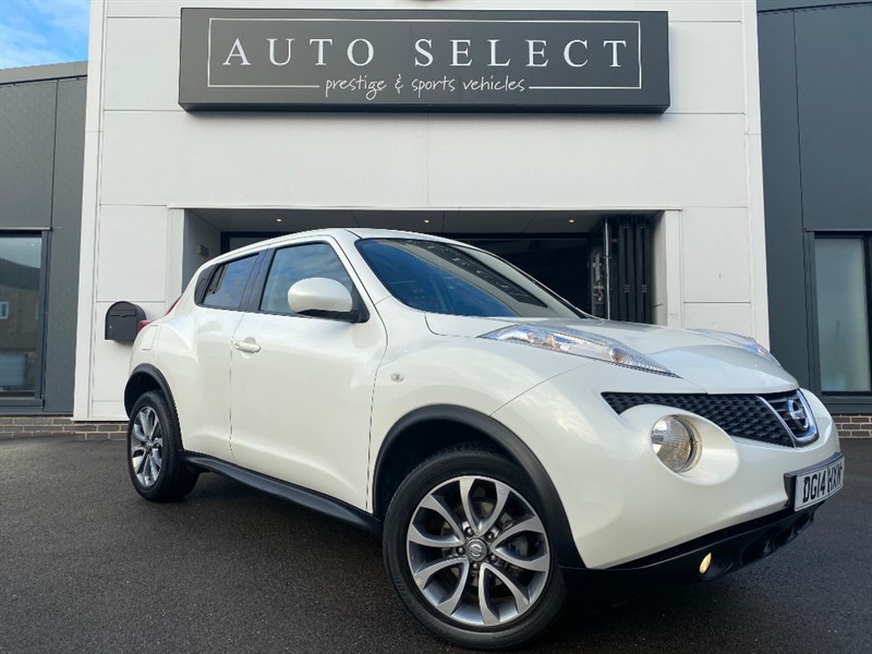 used Nissan Juke 1.6 TEKNA AUTO NAV & LEATHER!! LOW MILES!! in chesterfield