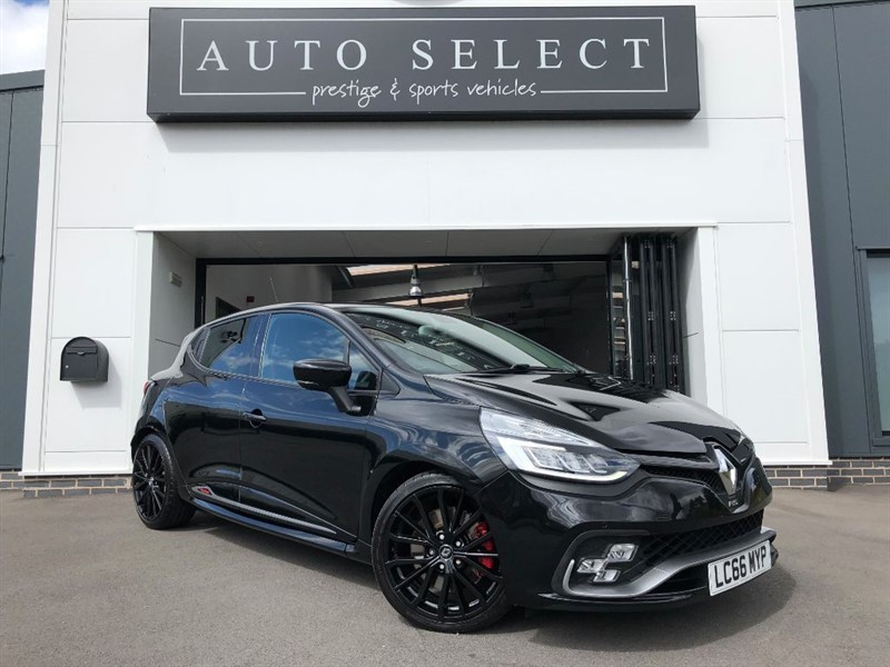 used Renault Clio RENAULTSPORT NAV TROPHY ABSOLUTLEY IMMACULATE!! in chesterfield