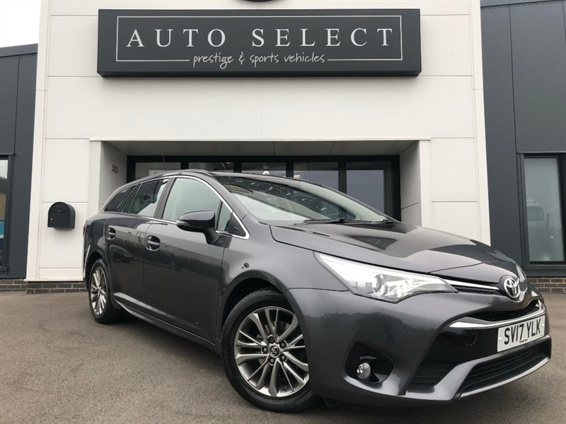 used Toyota Avensis D-4D BUSINESS EDITION Sat Nav!! Reverse Camera!! in chesterfield