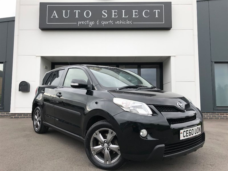 used Toyota Urban Cruiser 1.4 D-4D AWD MASSIVE SPEC!! in chesterfield