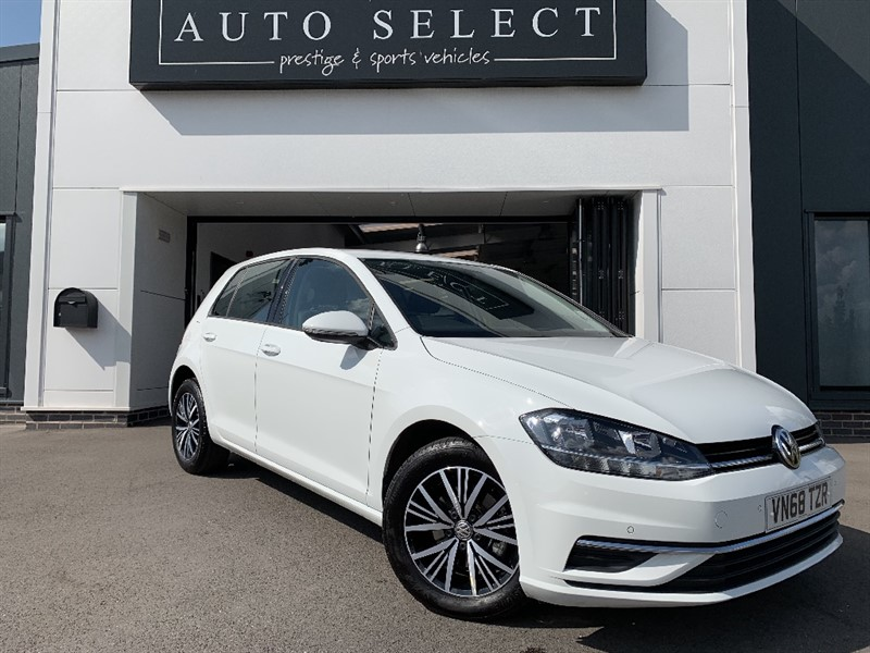 used VW Golf SE NAVIGATION 1.6 TDI DSG AUTO 1 OWNER!! IMMACULATE!! in chesterfield