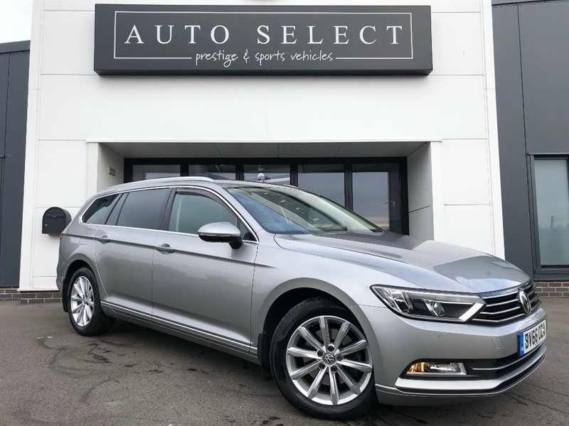 used VW Passat SE BUSINESS 2.0 TDI BLUEMOTION TECH DSG NAV!! IMMACULATE!! in chesterfield