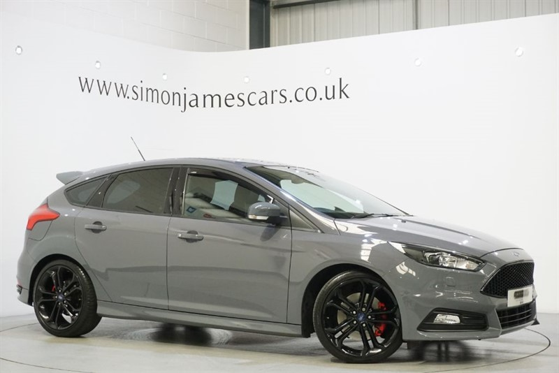used Ford Focus ST-3 SYNC NAV in derbyshire