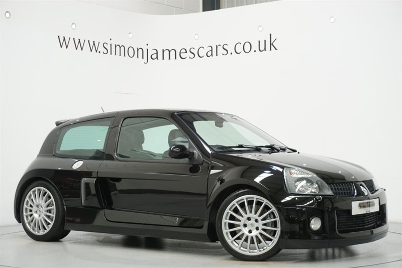 used Renault Clio RENAULTSPORT V6 255 in derbyshire