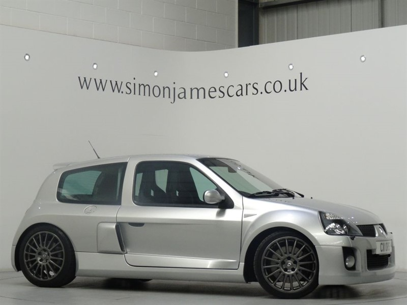 used Renault Clio RENAULTSPORT V6 in derbyshire