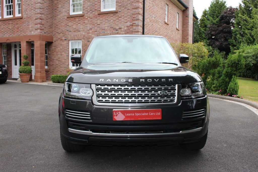 used Land Rover Range Rover Vogue SE in knutsford-cheshire